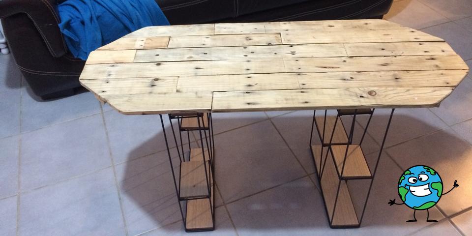 Fabriquer votre propre table de salon est un moyen concret de réduire vos émissions de gaz à effet de serre, limiter votre consommation de pétrole et la pollution de l'eau. En plus, vous sauvez des sous !